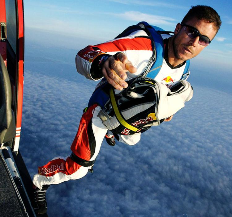 Meet the world's fastest man: Fearless Felix