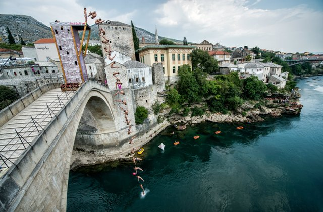 How the world's best cliff diver conquers his fear ofheights