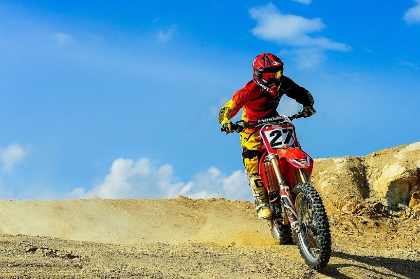 5 Safety Guidelines for Motocross Bikers (guest post)